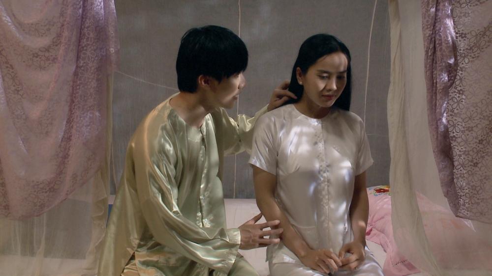 Nam chính Yêu trong đau thương tiết lộ bí mật đằng sau cảnh chú rể cưỡng bức cô dâu-1
