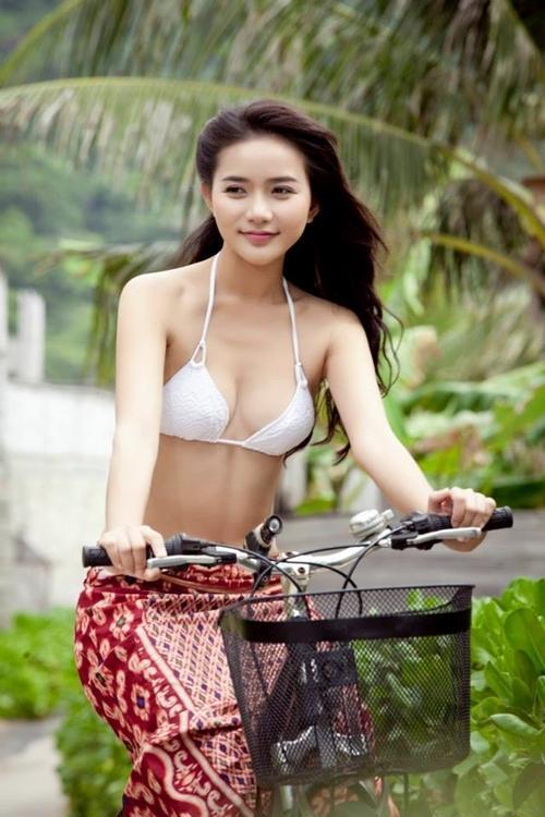 Thời thanh xuân thon gầy, đẹp rực rỡ của Phan Như Thảo trên màn ảnh khác xa hình ảnh gây sốc hiện tại-6