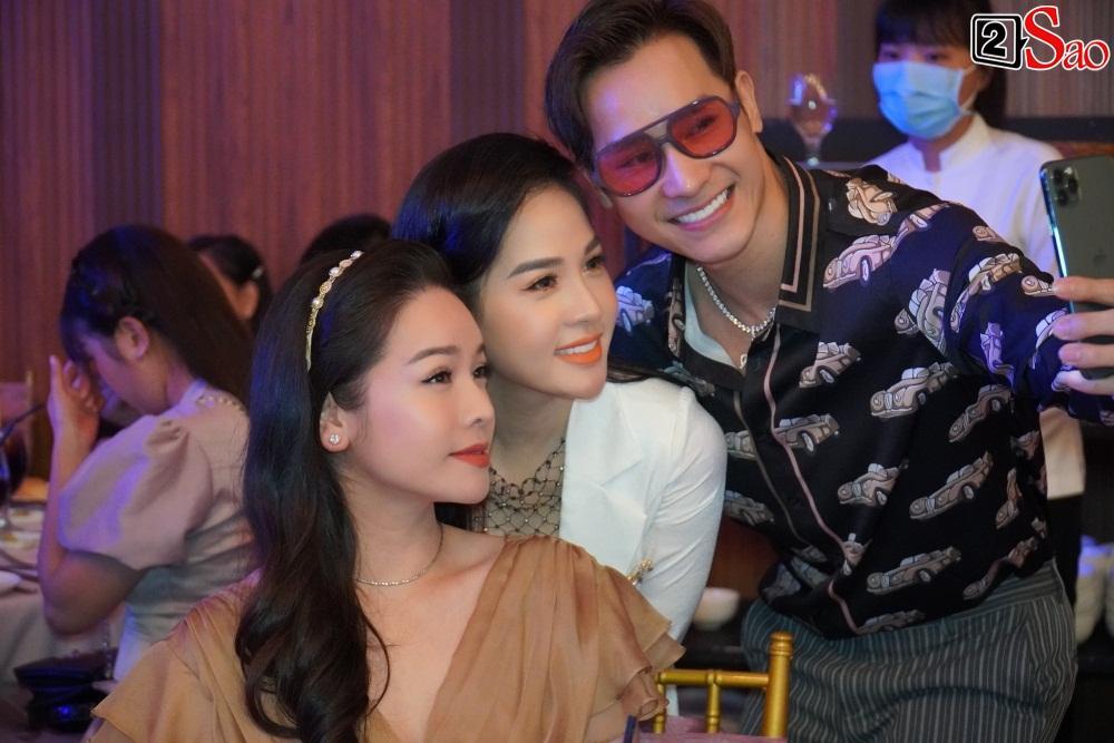 Có tới 2 Nhật Kim Anh xuất hiện tại đám cưới Khánh Đơn?-8