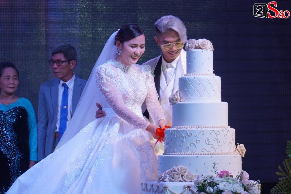 Có tới 2 Nhật Kim Anh xuất hiện tại đám cưới Khánh Đơn?-17