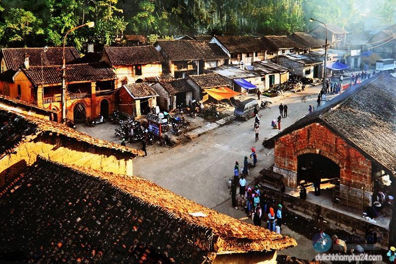 Khám phá khung trời bình yên như tranh vẽ ẩn mình trong 3 khu phố cổ ở Việt Nam-1