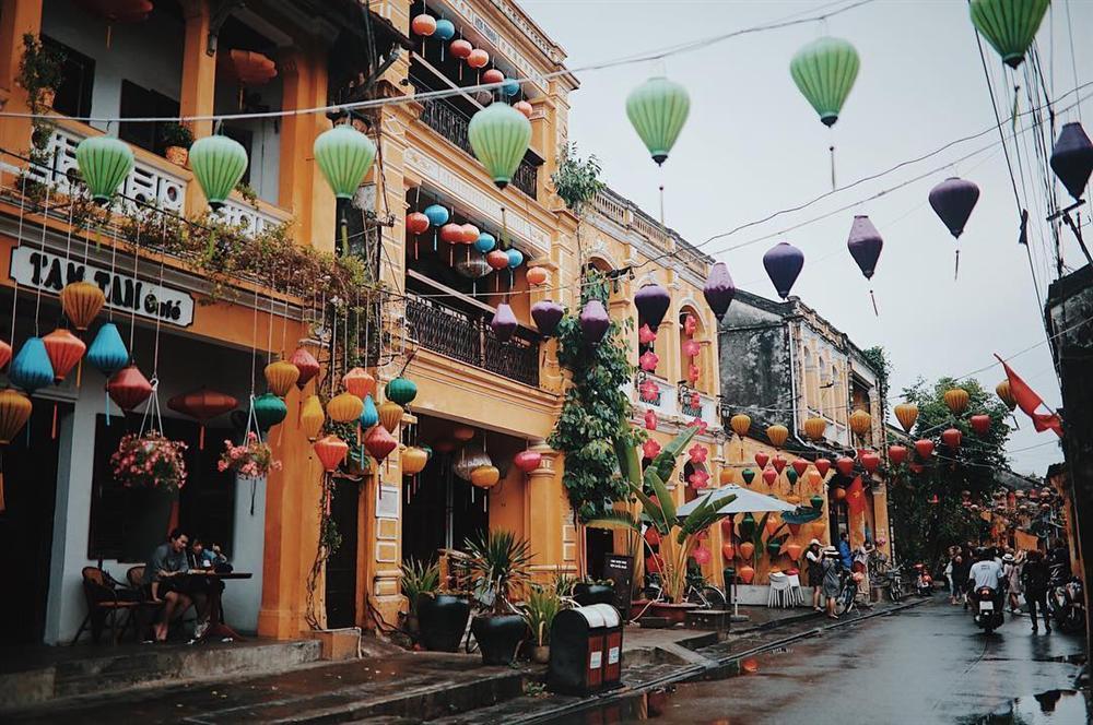 Khám phá khung trời bình yên như tranh vẽ ẩn mình trong 3 khu phố cổ ở Việt Nam-14