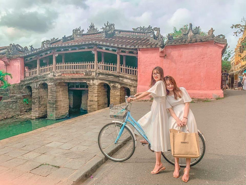 Khám phá khung trời bình yên như tranh vẽ ẩn mình trong 3 khu phố cổ ở Việt Nam-15