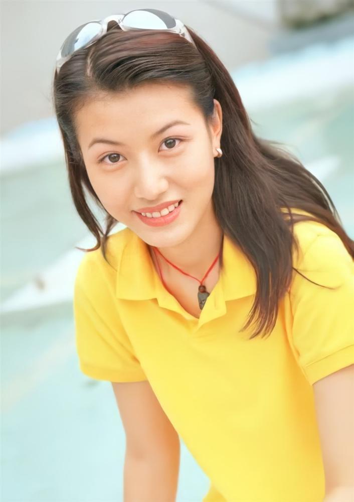Mỹ nhân TVB đánh mất sự nghiệp vì Cổ Thiên Lạc bây giờ ra sao?-1