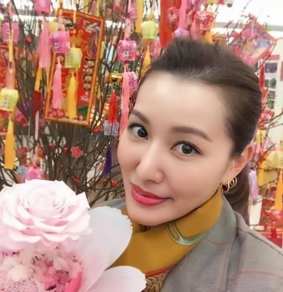 Mỹ nhân TVB đánh mất sự nghiệp vì Cổ Thiên Lạc bây giờ ra sao?-4