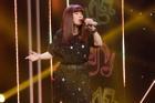 Nữ ca sĩ giọng 'đàn ông' kể về quá khứ kiệt quệ, từng bị Phương Thanh 'cướp' hit