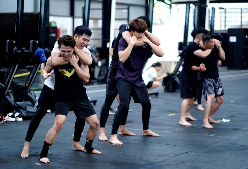 Dàn nam thần 6 múi tham gia casting phim siêu anh hùng của Ngô Thanh Vân-12