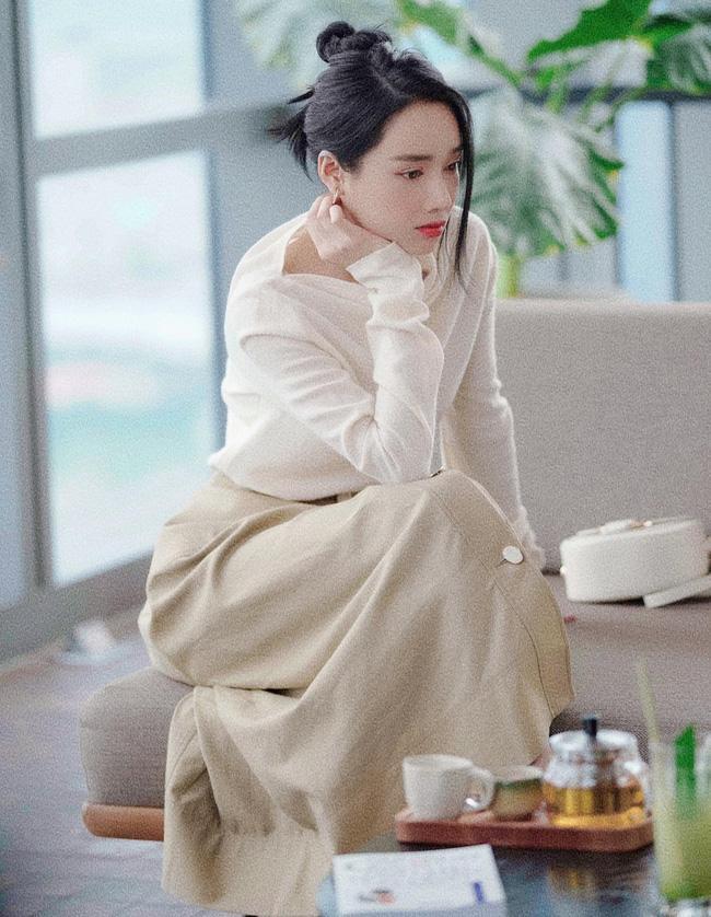 Lộ thêm hình ảnh Lan Ngọc đóng chung phim mới với Nhã Phương-3