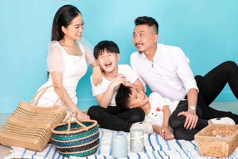 Kể chuyện ngủ 4 tiếng với Hứa Minh Đạt, Lâm Vỹ Dạ bị đồng nghiệp chơi khăm-6