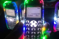 Mốt làm đẹp điện thoại 10 năm trước của giới trẻ Việt