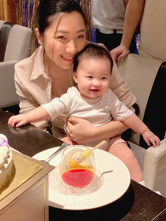 Ngoại hình thay đổi chóng mặt của em gái Trấn Thành sau khi sinh con đầu lòng-3