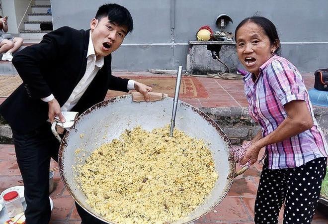 Soi thu nhập của 3 bà mẹ làm Youtuber nổi nhất Việt Nam: Ai kiếm tiền khủng nhất?-5