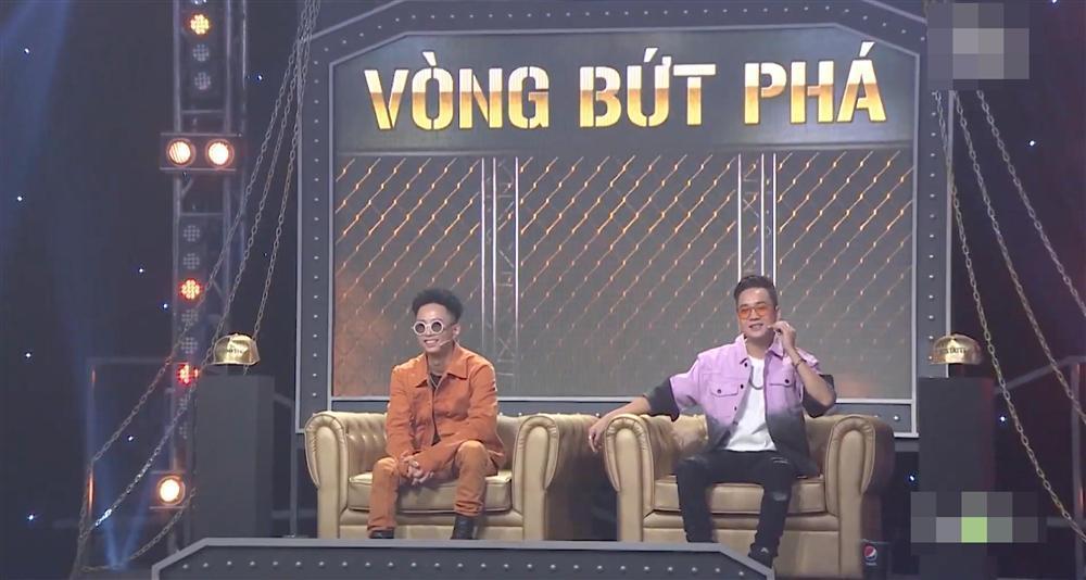 Nón vàng Rap Việt bán khắp lề đường với giá vài chục nghìn đồng-4