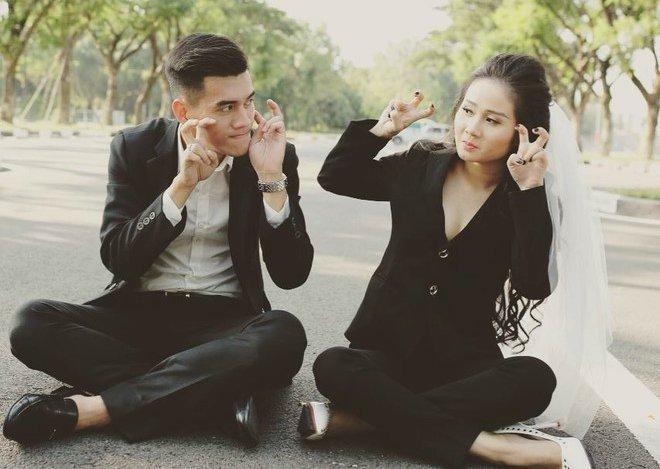 Lấy chồng chưa tròn 1 năm, bạn gái cũ cầu thủ Tiến Linh khoe ảnh con gái đầu lòng-2