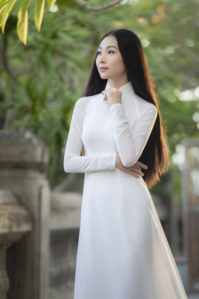Người đẹp mặc áo dài ấn tượng nhất Hoa hậu Việt Nam 2016 giờ ra sao?-3