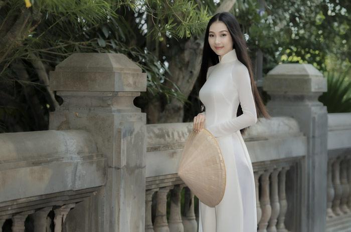 Người đẹp mặc áo dài ấn tượng nhất Hoa hậu Việt Nam 2016 giờ ra sao?-7