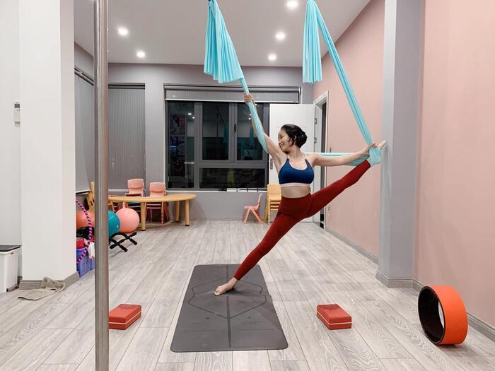 Sao Việt lên cơn sốt giảm cân bằng các môn thể thao bay lơ lửng như tiên nữ-3