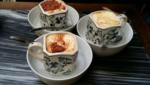 Tận hưởng ngày lạnh Hà Nội với những quán cà phê trứng ngon nức tiếng-4