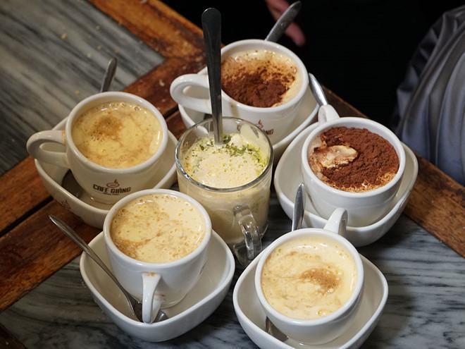 Tận hưởng ngày lạnh Hà Nội với những quán cà phê trứng ngon nức tiếng-6