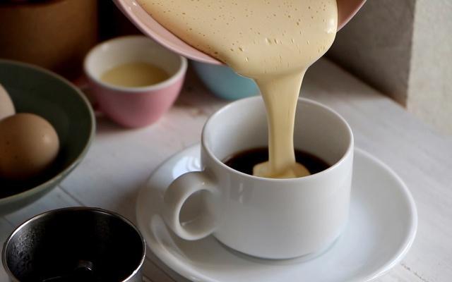 Tận hưởng ngày lạnh Hà Nội với những quán cà phê trứng ngon nức tiếng-13