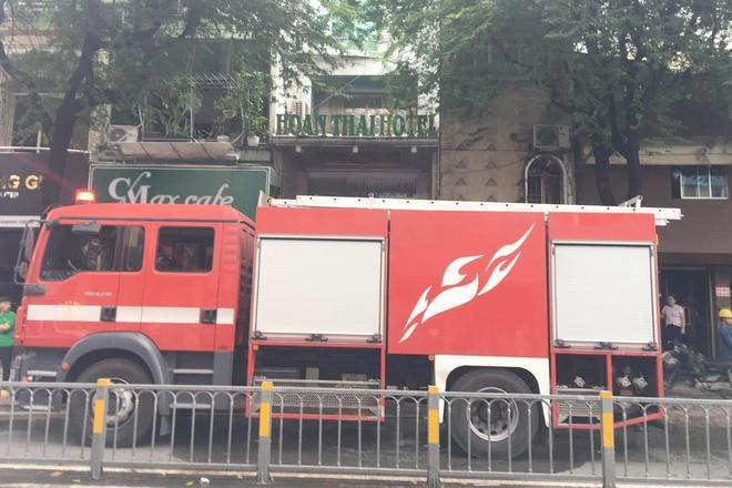 Cháy khách sạn giữa trung tâm TP.HCM-1