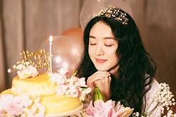 Phùng Thiệu Phong gặp sự cố 'khóc dở mếu dở' khi mừng sinh nhật Triệu Lệ Dĩnh