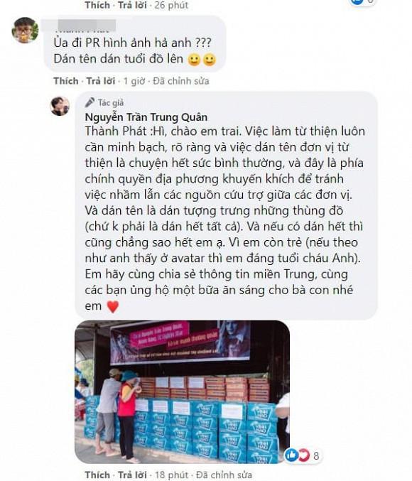 Nguyễn Trần Trung Quân - Denis Đặng gây tranh cãi khi treo băng rôn, in tên lên quà từ thiện-8