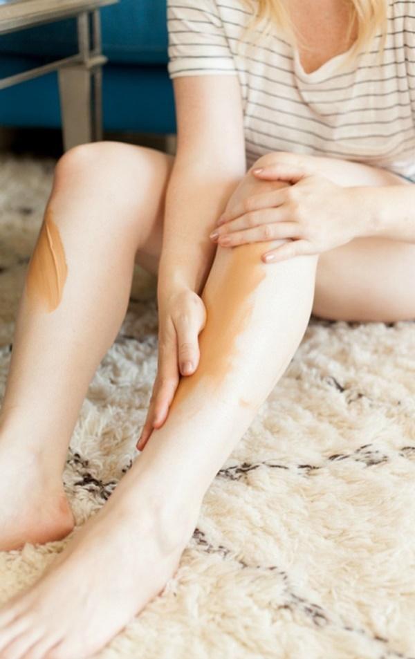 Sở hữu đôi chân ngọc ngà, Hari Won và Thiều Bảo Trâm lộ vết thương chi chít-12