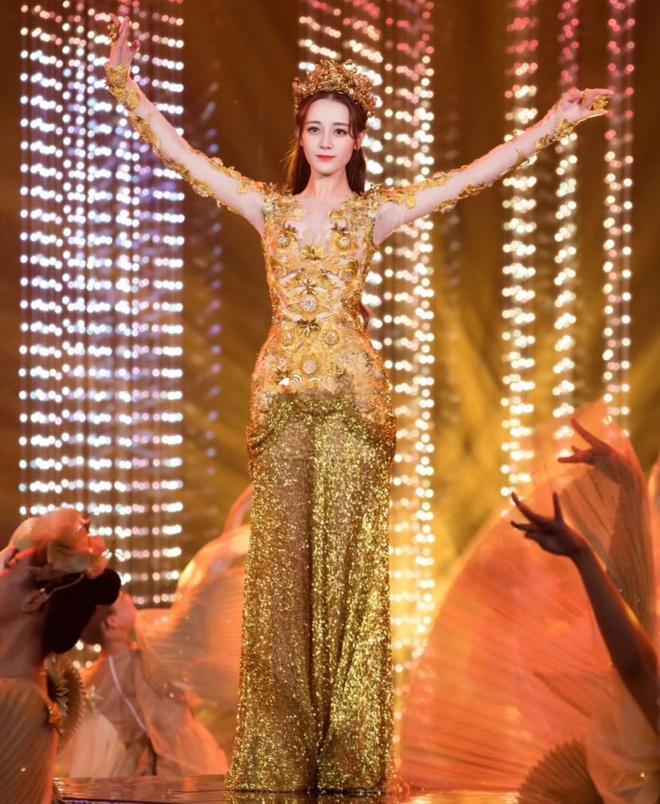 Lý Tiểu Lộ bị xóa khỏi danh sách Nữ thần Kim Ưng vì ngoại tình-3