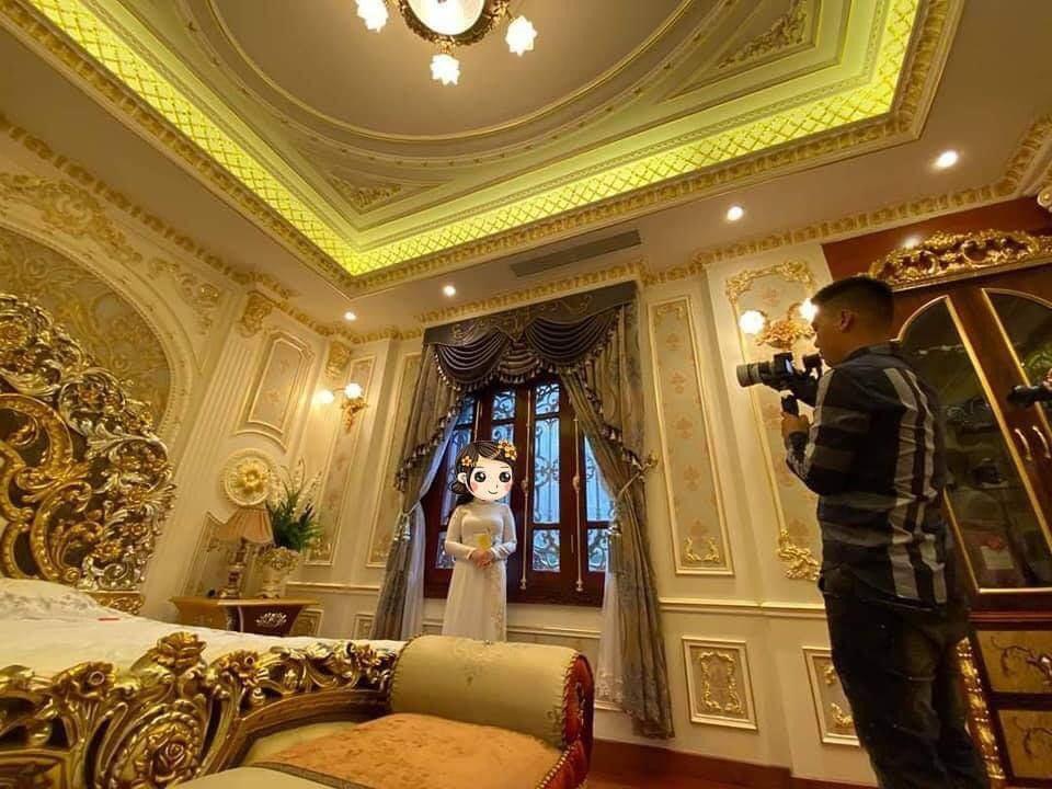Choáng siêu đám cưới trong lâu đài dát vàng, rước dâu bằng Roll Royce ở Tuyên Quang-4