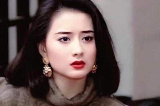 Ngọc nữ phim Quỳnh Dao được Châu Tinh Trì si mê một thời ly hôn ở tuổi 45-3