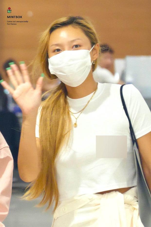No.1 Naver hôm nay: Tá hỏa bộ quần áo của em út sexy nhất Kpop Hwasa-3