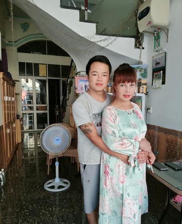 Bất ngờ gương mặt trẻ đẹp của cô dâu Cao Bằng sau gần 4 tháng dao kéo-2
