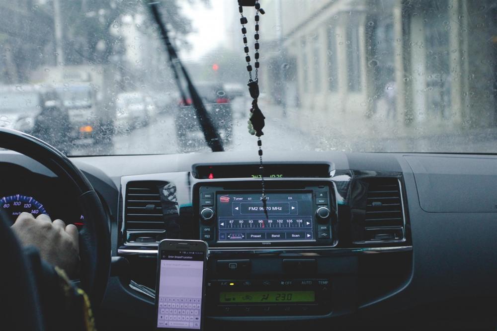 Kinh nghiệm hữu ích cho chuyến du lịch mùa mưa bão-6