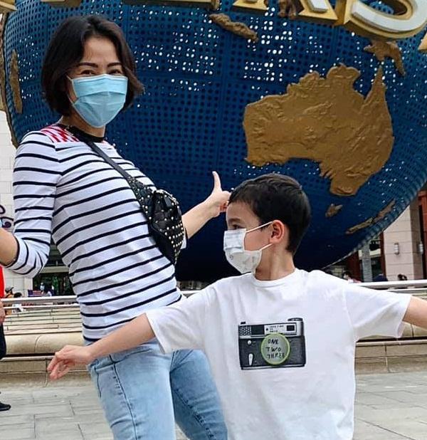 Quý tử lai nhà Thu Minh mới 5 tuổi nhưng cực ga lăng-10
