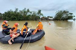 Tìm thấy thi thể người đàn ông mất tích khi chèo ghe trao quà cứu trợ lũ lụt