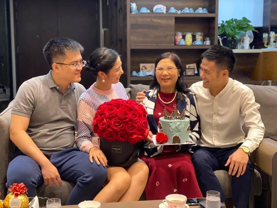 Chồng sắp cưới của Ngọc Hân chúc mừng sinh nhật mẹ vợ tương lai-2