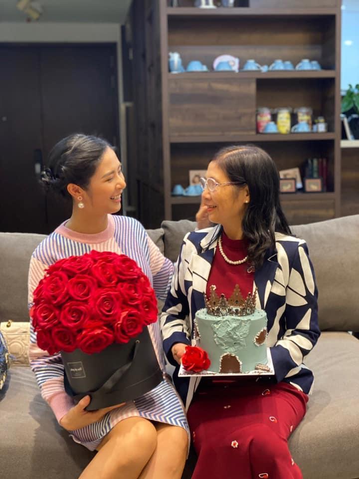 Chồng sắp cưới của Ngọc Hân chúc mừng sinh nhật mẹ vợ tương lai-1