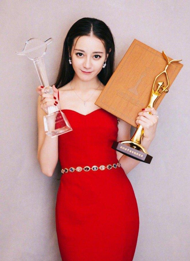 Giải thưởng Kim Ưng và những lùm xùm bôi tro trát trấu vào mặt Dương Mịch, Tống Thiến-6