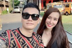 Bà xã Khắc Việt sinh đôi một trai một gái