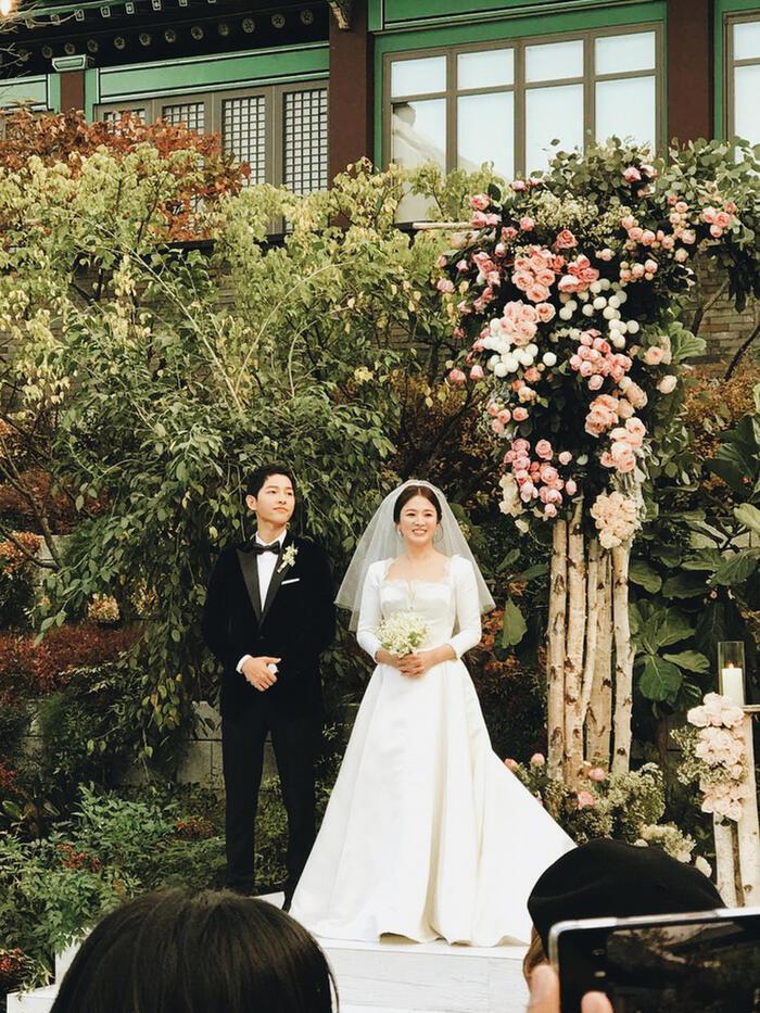Tiết lộ gây sốc: Chính Song Joong Ki ép Song Hye Kyo mau chóng ly hôn?-5