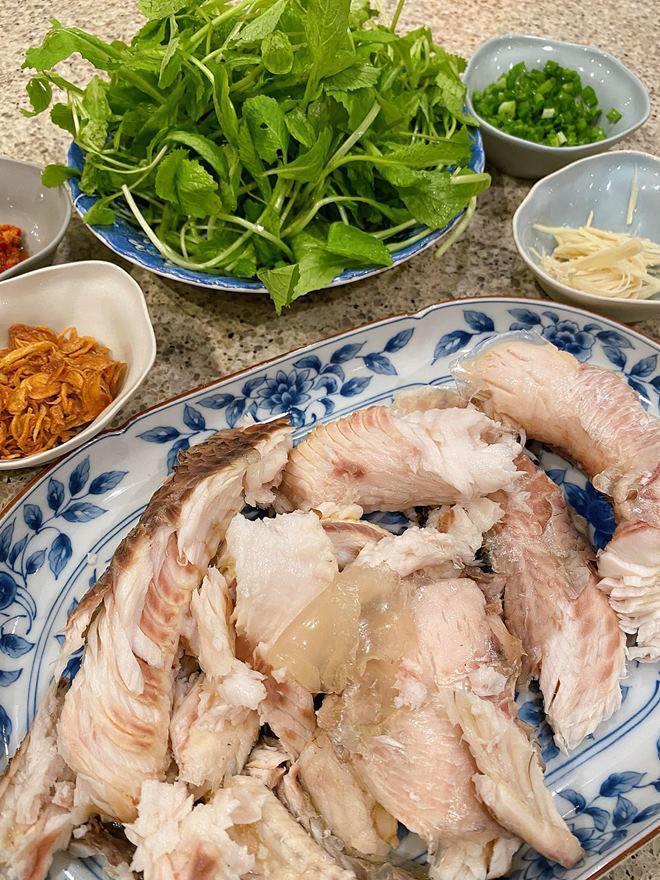 Hoàng Thùy Linh và dàn sao Việt tấm tắc trước món cháo nấu đại của Tăng Thanh Hà-4