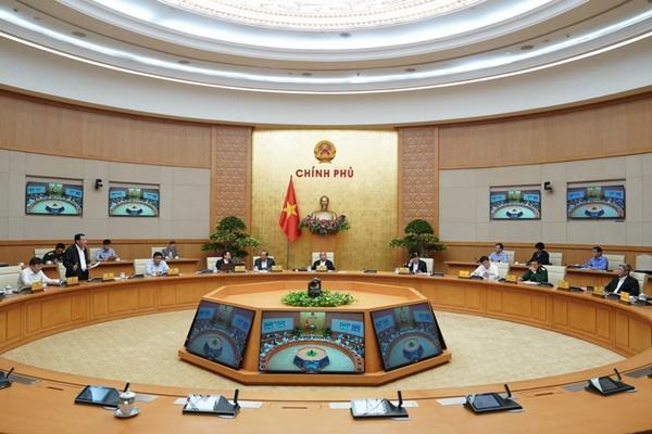 Thủ tướng: Cấp ngay 5.000 tấn gạo và 500 tỷ đồng cho 5 tỉnh miền Trung-2