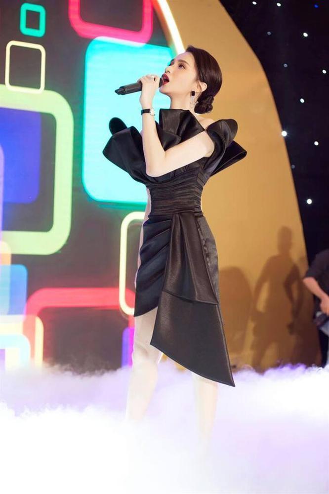 Hà Tăng diện váy basic vẫn cân đẹp dàn sao hóa nữ thần, công chúa-1