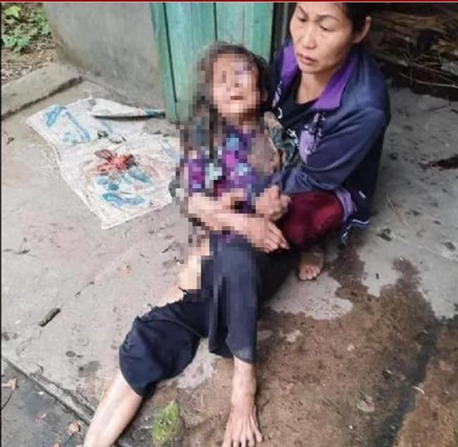 Con nghiện hành hung dã man cụ bà 90 tuổi rồi dùng rơm thiêu sống, cướp 20 triệu đồng-1