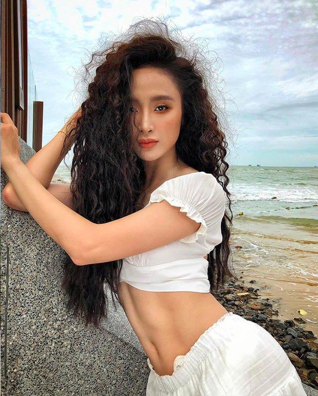 Ăn chay trường, Angela Phương Trinh vẫn giữ đẹp chiếc bụng múi vạn người mê-4
