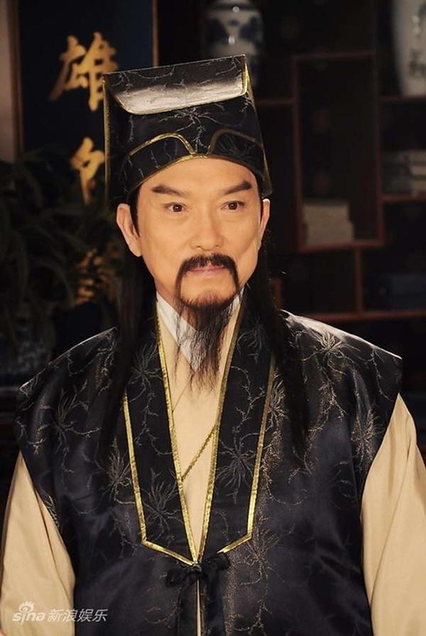 Dàn sao Bao Thanh Thiên sau 20 năm ai cũng bạc đầu, đến Triển Chiêu Tiêu Ân Tuấn cũng lột xác rồi-24