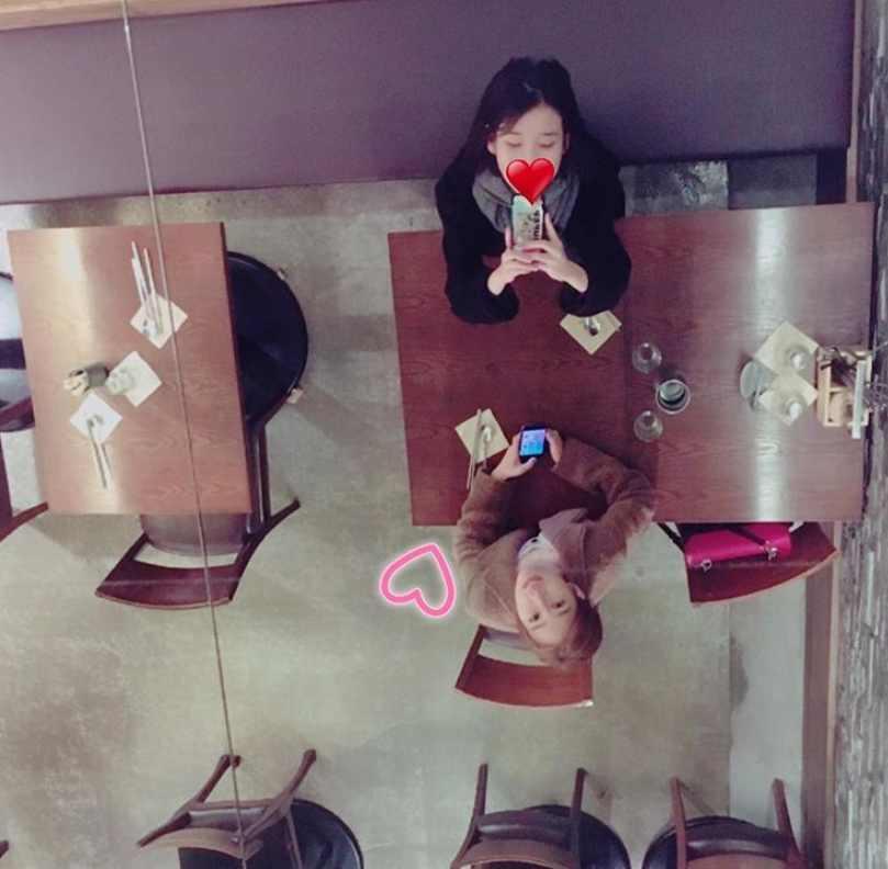 IU - Yoo In Na: Tình chị em 10 năm quyền lực của Kbiz-3