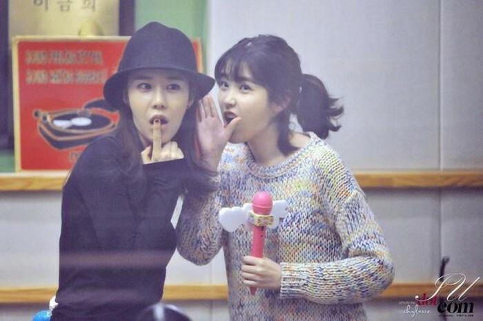 IU - Yoo In Na: Tình chị em 10 năm quyền lực của Kbiz-8