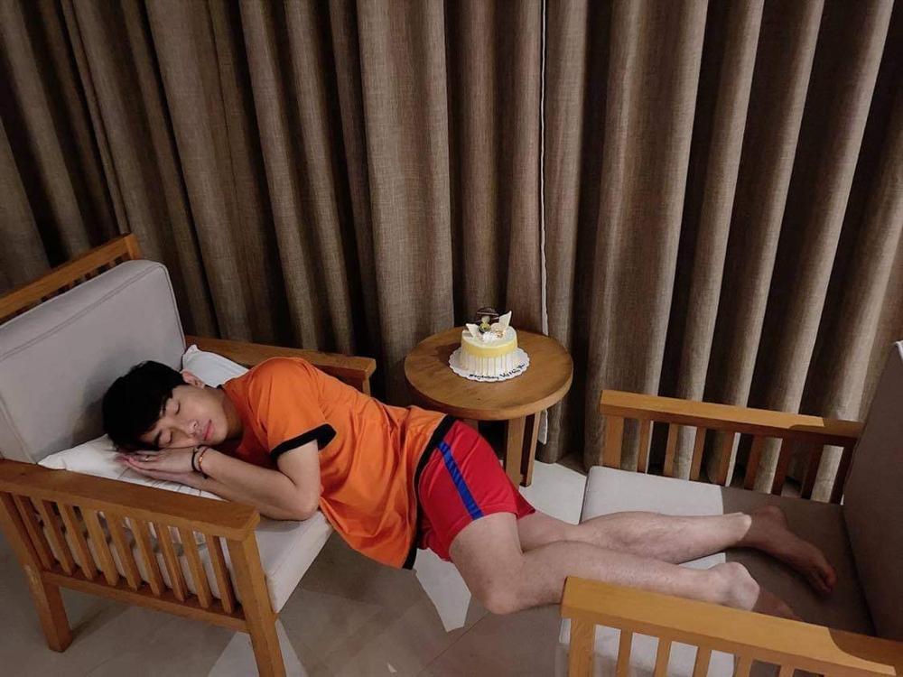 Đêm hôm gọi Mai Quỳnh Anh dậy làm chuyện cả năm có 1 lần, Cris Phan nhận kết đắng-4
